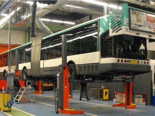 Articulated bus supported on 3 crossbeams TR10-3500, wheel-free